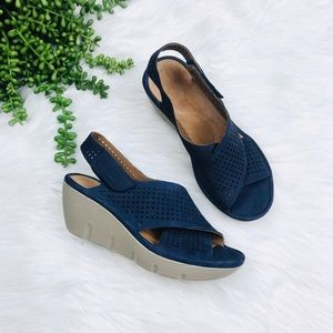[Clarks] Blue Perforated Wedge Sandals